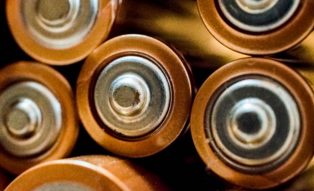 动力电池三国杀:宁德时代未来能否保持其霸主地位?