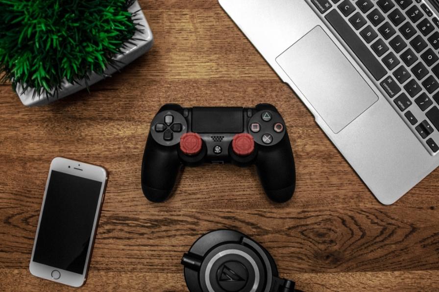 腾讯游戏《和平精英》《王者荣耀》被约谈 消费限额问题将技术改造