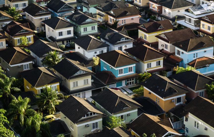 融创中国房子不好卖四月销售额继续下降 减持金科地产套现21亿元