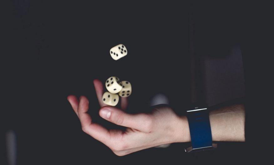 否认40名股东指责却未回应股权质押问题 恺英网络真相几何?
