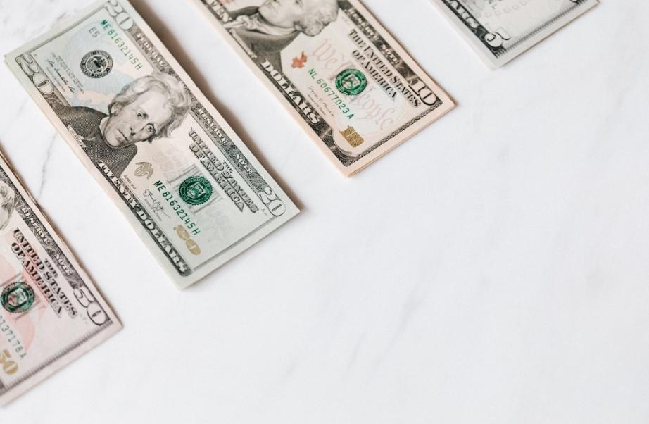 公共卫生事件期间 对冲基金为何仍然坚持收取高额费用