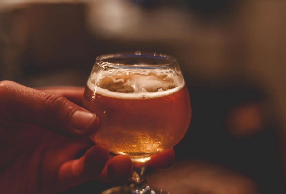 重庆啤酒披露重大资产重组预案进展上交所曾问询交易方案和标的